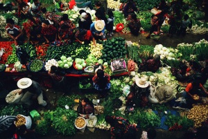 A market in Guatemala. Photo credit: J Fanzo/Bioversity